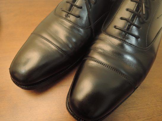革靴のストレートチップ